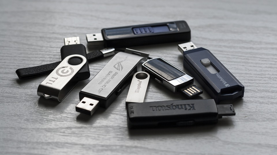 1 usb memory sticks